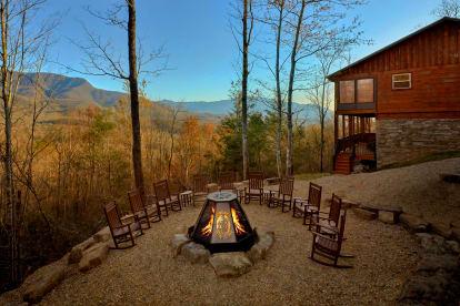Pittman Center - Gatlinburg, TN Cabin Rental (1)