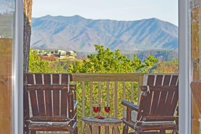 Cove Mountain Resorts - Gatlinburg, TN Cabin Rental (1)