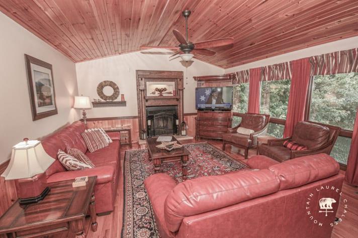 Gatlinburg, Tennessee Chalet Rental - Gallery Image #4