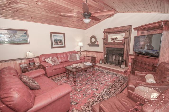 Gatlinburg, Tennessee Chalet Rental - Gallery Image #5