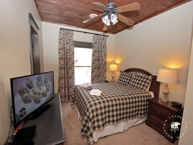 Gatlinburg, Tennessee Chalet Rental - Gallery Image #18