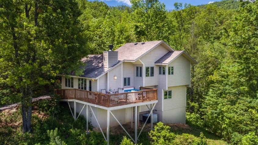 Gatlinburg, Tennessee Chalet Rental - Gallery Image #17