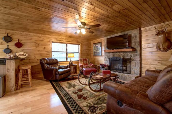Gatlinburg, Tennessee Lodge Rental - Gallery Image #2
