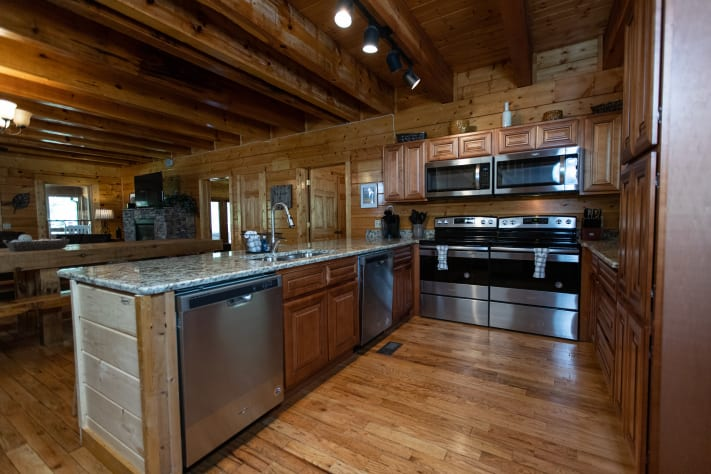Gatlinburg, Tennessee Lodge Rental - Gallery Image #3