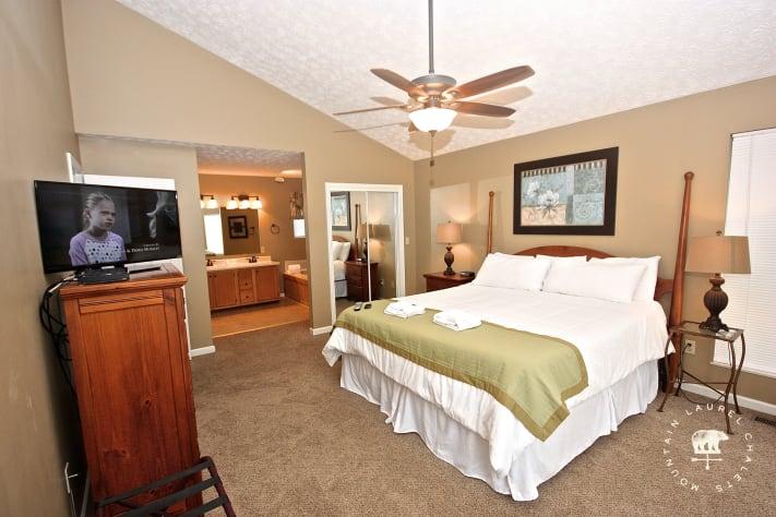 Gatlinburg, Tennessee Chalet Rental - Gallery Image #20