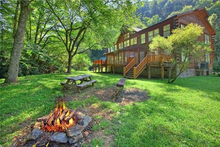Gatlinburg, Tennessee Lodge Rental - Gallery Image #1