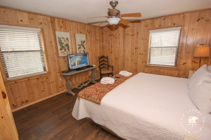 Gatlinburg, Tennessee Cottage Rental - Gallery Image #24
