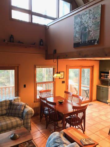 Lake James, North Carolina Cabin Rental - Gallery Image #3