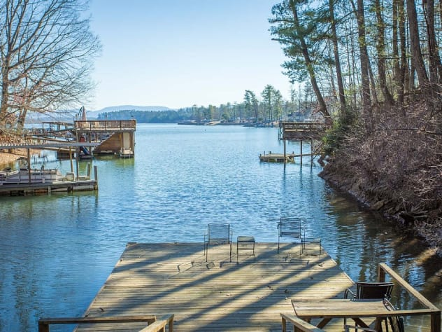 Lake James, North Carolina Cabin Rental - Gallery Image #19