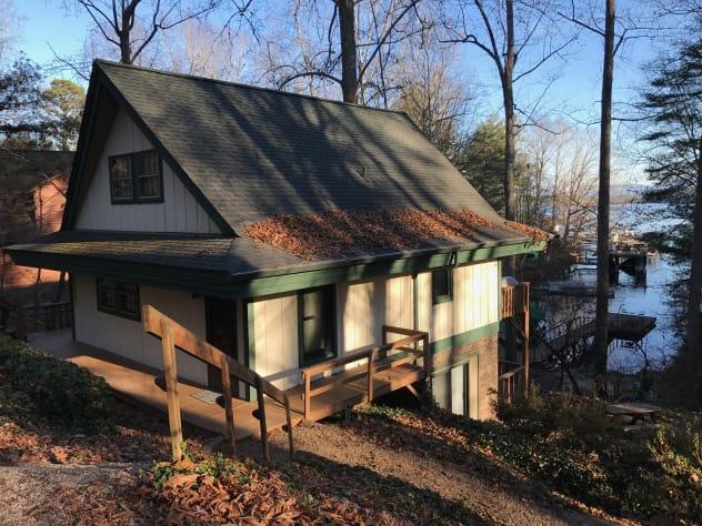 Lake James, North Carolina Cabin Rental - Gallery Image #1
