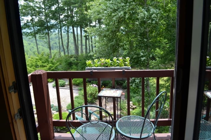 Bristol, Tennessee Lodge Rental - Gallery Image #6