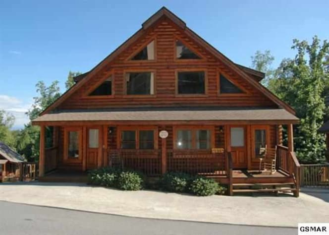 Pigeon Forge, Tennessee Duplex Rental - Gallery Image #2
