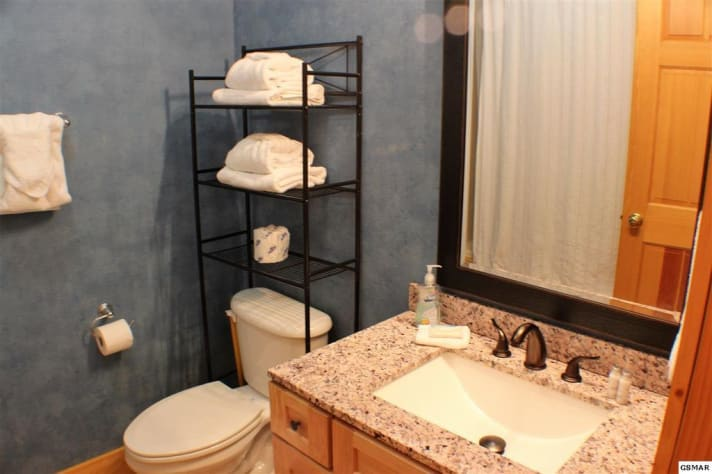 Pigeon Forge, Tennessee Duplex Rental - Gallery Image #17