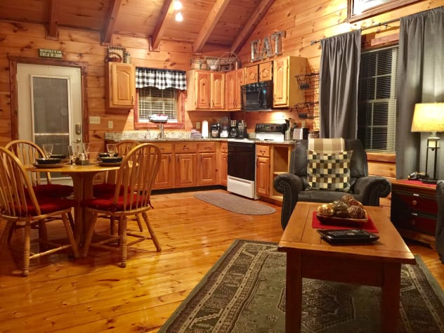 Pigeon Forge, Tennessee Cabin Rental - Gallery Image #23