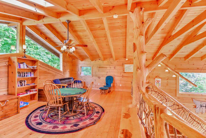 Clyde, North Carolina Cabin Rental - Gallery Image #11