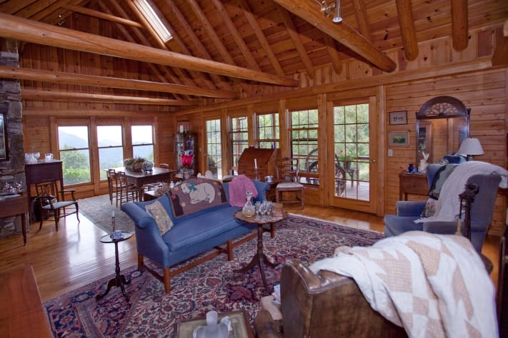 Asheville, North Carolina Farmhouse Rental - Gallery Image #7