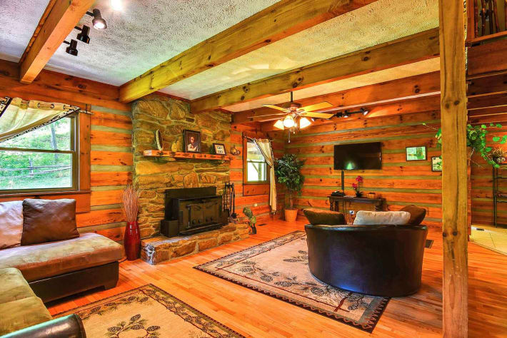 Clyde, North Carolina Cabin Rental - Gallery Image #6