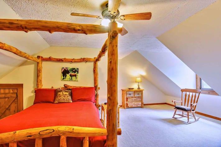 Clyde, North Carolina Cabin Rental - Gallery Image #8