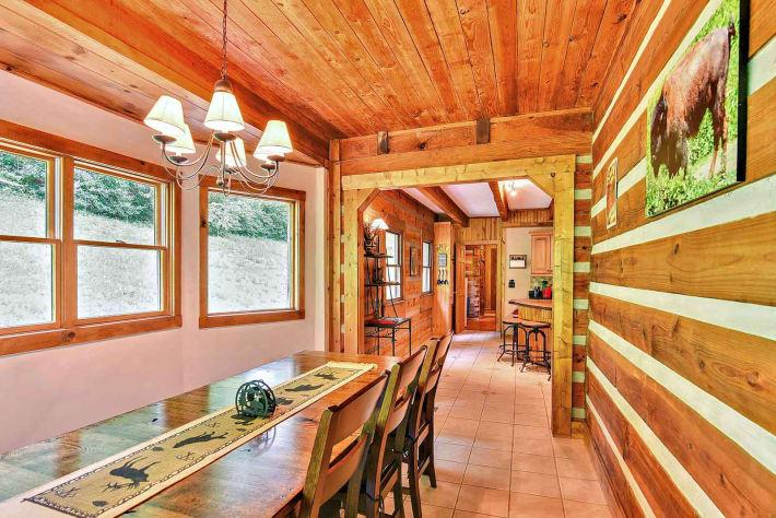 Clyde, North Carolina Cabin Rental - Gallery Image #10