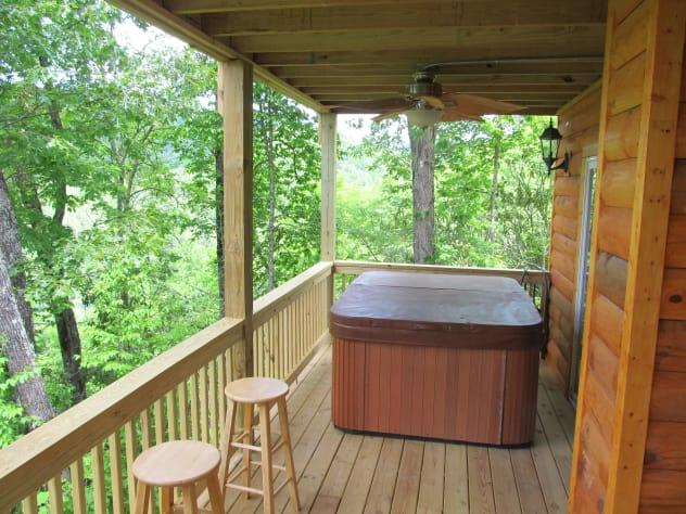 Nantahala Lake, North Carolina Cabin Rental - Gallery Image #8