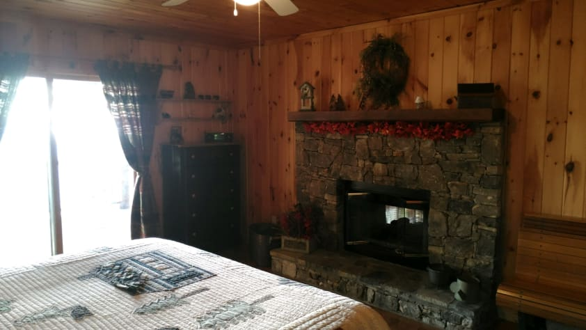 Nantahala Lake, North Carolina Cabin Rental - Gallery Image #20