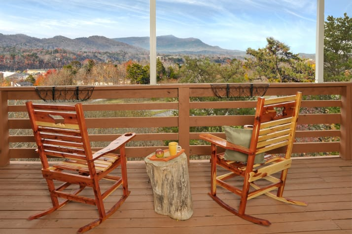 Pigeon Forge, Tennessee Chalet Rental - Gallery Image #1