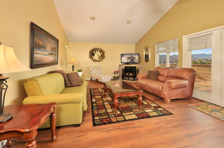Pigeon Forge, Tennessee Chalet Rental - Gallery Image #6