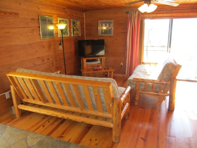 Nantahala Lake, North Carolina Cabin Rental - Gallery Image #3