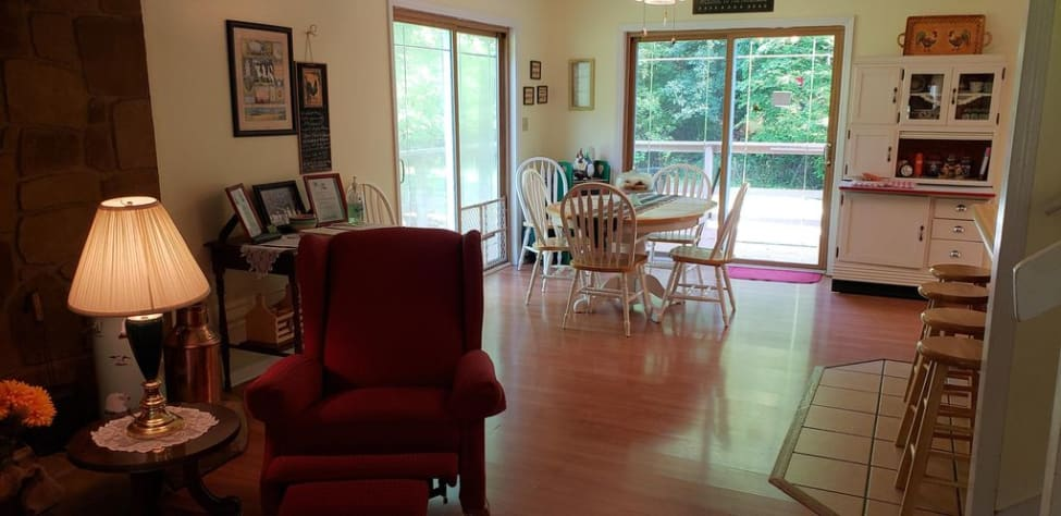 Sevierville, Tennessee Farmhouse Rental - Gallery Image #11