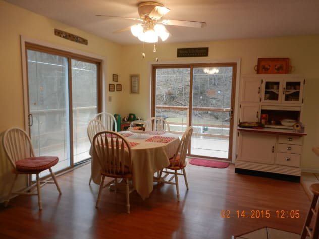 Sevierville, Tennessee Farmhouse Rental - Gallery Image #12