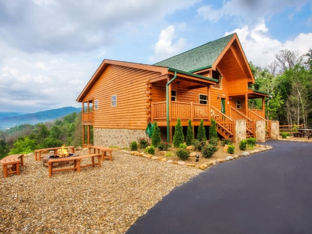 Gatlinburg, Tennessee Cabin Rental - Gallery Image #2