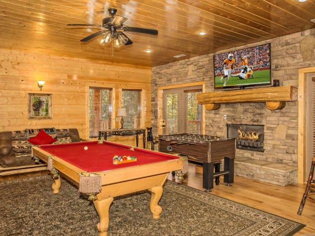 Gatlinburg, Tennessee Cabin Rental - Gallery Image #24