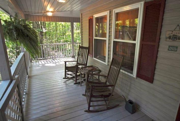 Maggie Valley, North Carolina Cabin Rental - Gallery Image #3