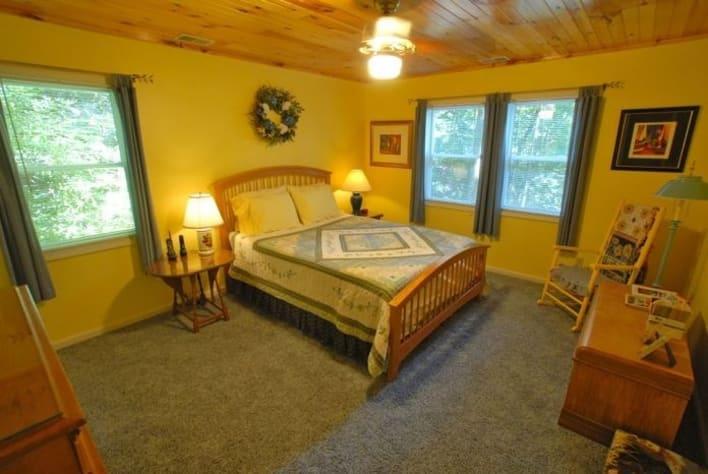 Maggie Valley, North Carolina Cabin Rental - Gallery Image #14