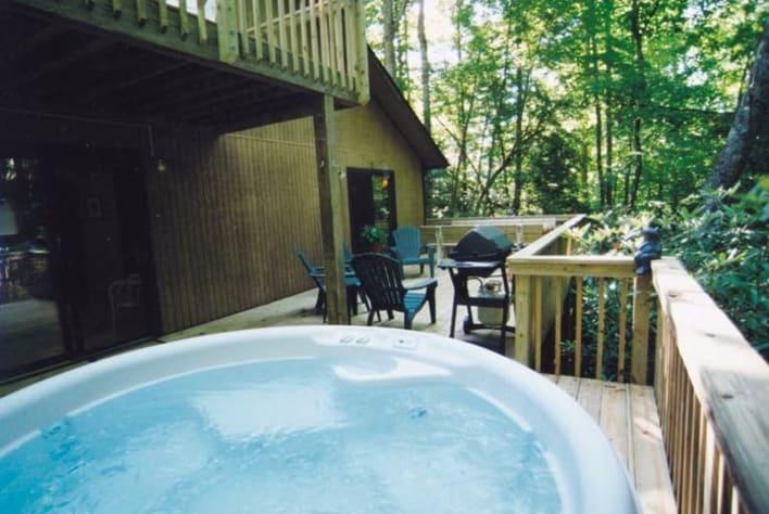 Maggie Valley, North Carolina Cabin Rental - Gallery Image #15