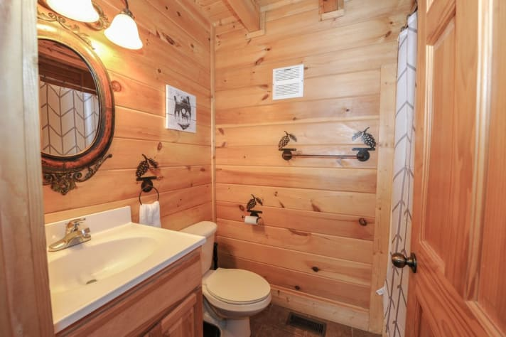 Pigeon Forge, Tennessee Cabin Rental - Gallery Image #8