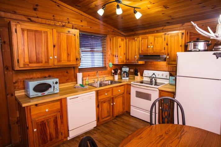 Gatlinburg, Tennessee Cabin Rental - Gallery Image #9