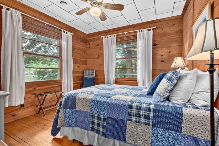 Lake Lure, North Carolina Cottage Rental - Gallery Image #13