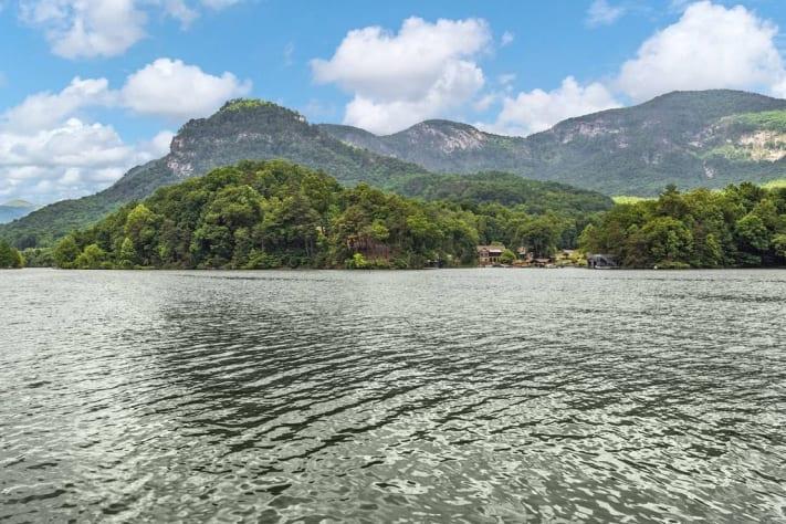 Lake Lure, North Carolina Cottage Rental - Gallery Image #23