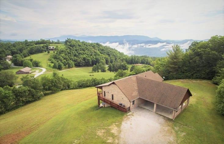 Banner Elk, North Carolina House Rental - Gallery Image #1