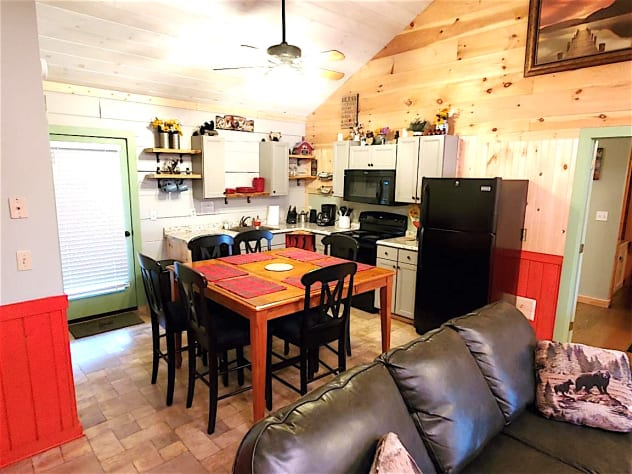 Pigeon Forge, Tennessee Cabin Rental - Gallery Image #9