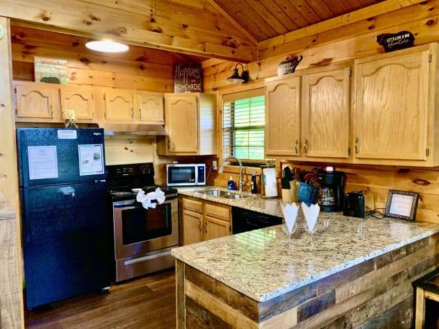 Gatlinburg, Tennessee Cabin Rental - Gallery Image #19