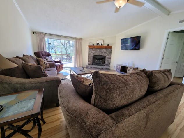 Cosby, Tennessee House Rental - Gallery Image #2