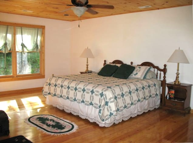 Nantahala Lake, North Carolina Chalet Rental - Gallery Image #12