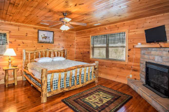 Cabin Rental in Sevierville, TN offering a deal!