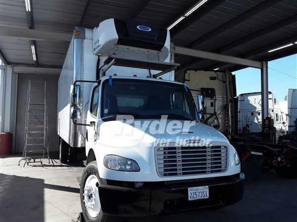 USED 2015 FREIGHTLINER M2 106 REEFER TRUCK #667617
