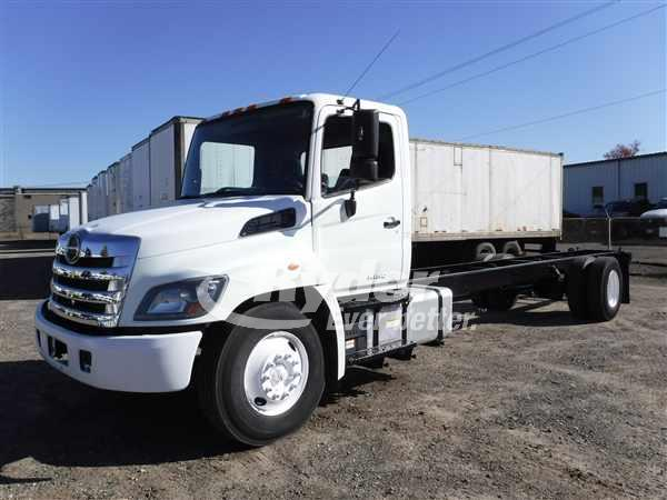 2014 HINO 268 CAB CHASSIS TRUCK #669168