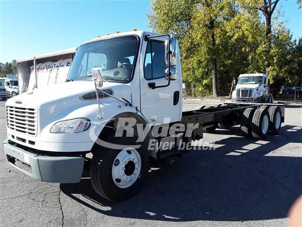 USED 2015 FREIGHTLINER M2 106 CAB CHASSIS TRUCK #668743