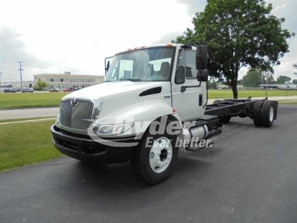 2012 NAVISTAR INTERNATIONAL 4300 CAB CHASSIS TRUCK #660972