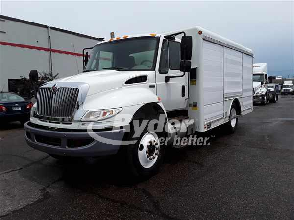 2011 NAVISTAR INTERNATIONAL 4300 BOX VAN TRUCK #662399